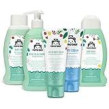 Marca Amazon- Mama Bear Set para los bebés: Gel de baño, champú, crema para el cambio del pañal, aceite, crema para la cara y